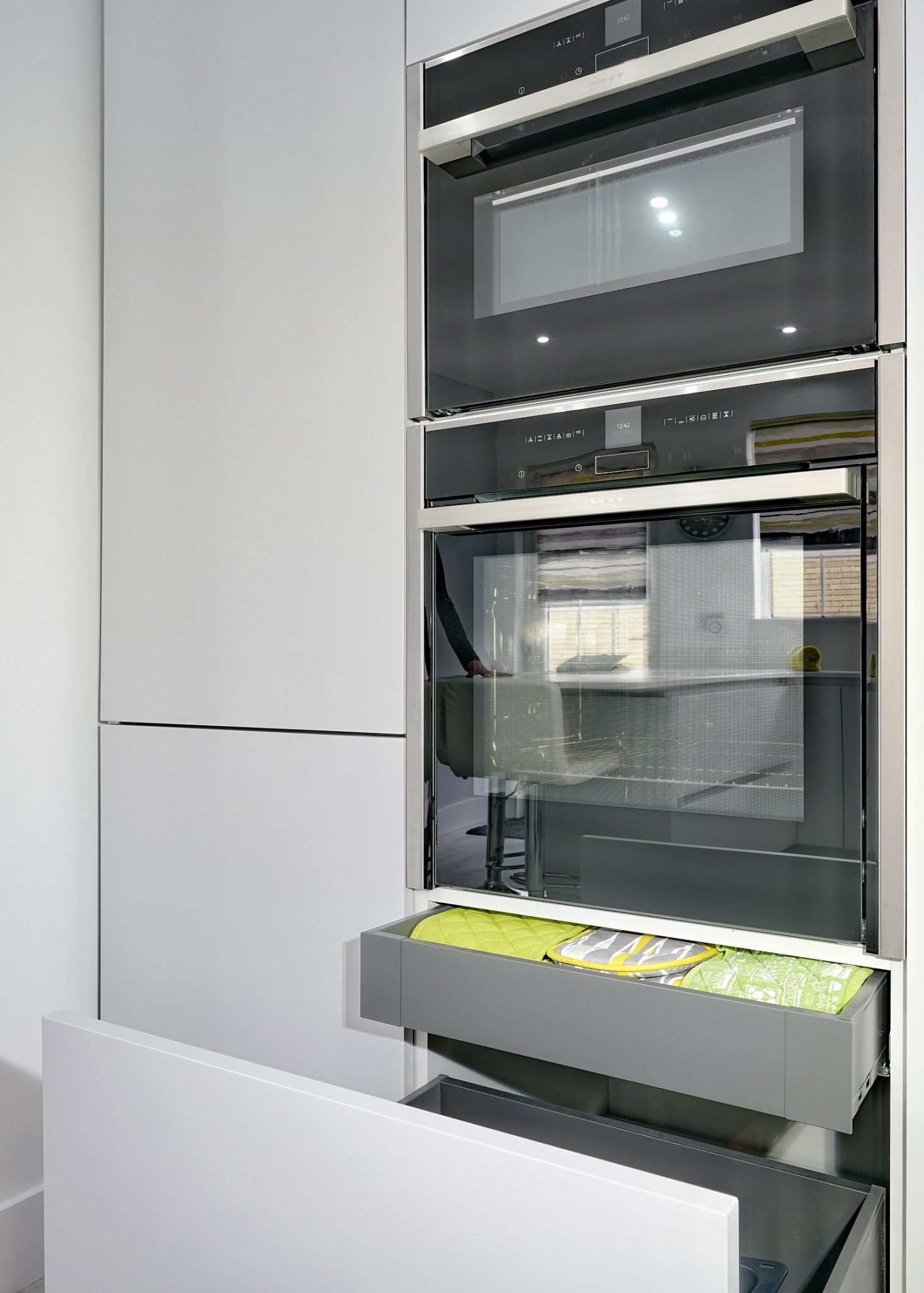 Neff Ovens in light grey kitchen